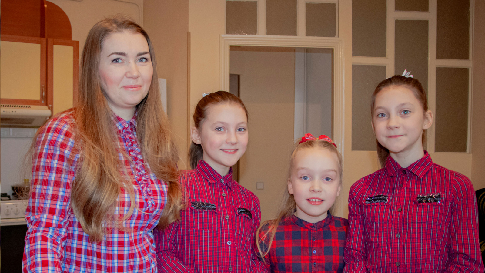Anastasia Agalakova with her daughters